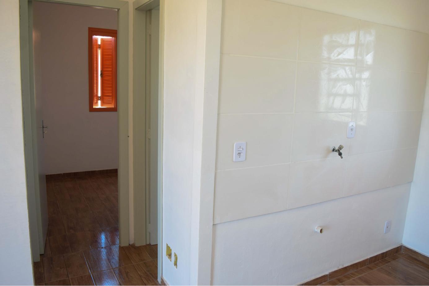 Circulação e parede cozinha